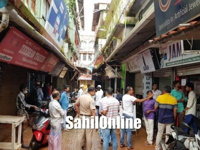 Three shops and a house burgled in Bhatkal; cash, ornaments stolen